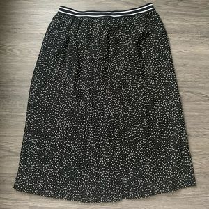 2/$25 Pleated midi skirt